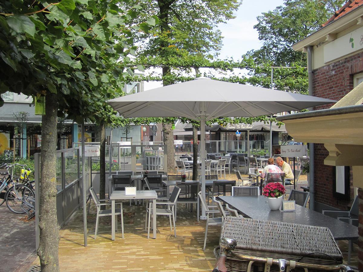 Parasols bar/café