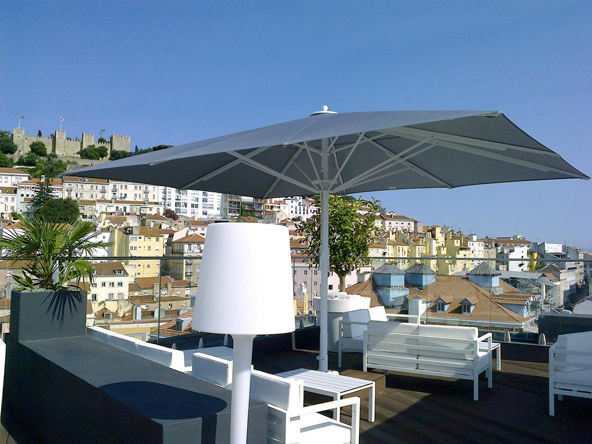 parasol professionnel nos photos terrasse. Black Bedroom Furniture Sets. Home Design Ideas