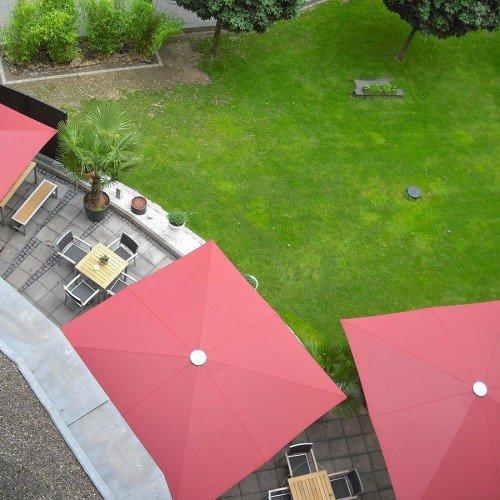 Parasol sur terrasse